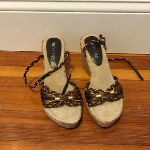 Two Lips Cork Wedges
